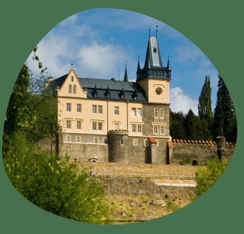 zamek zruc_783x750